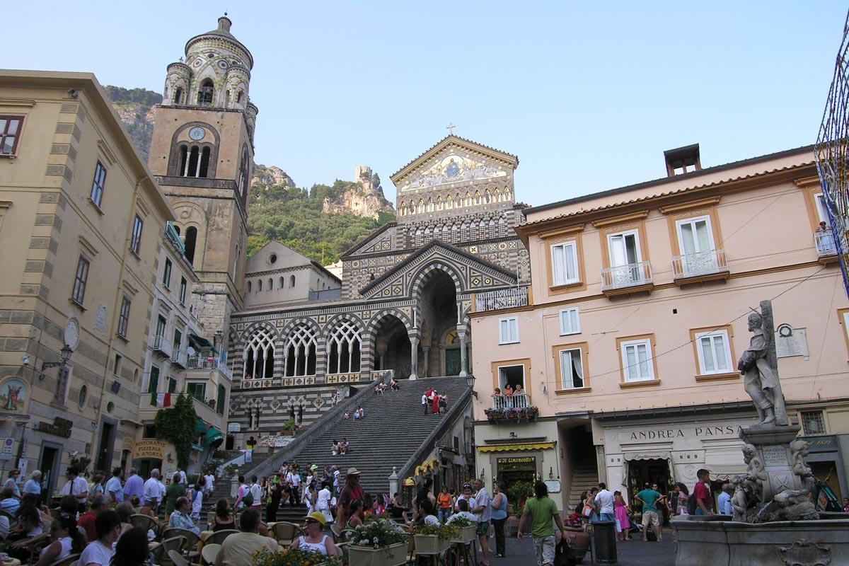 Amalfi: scopri la Repubblica marinara