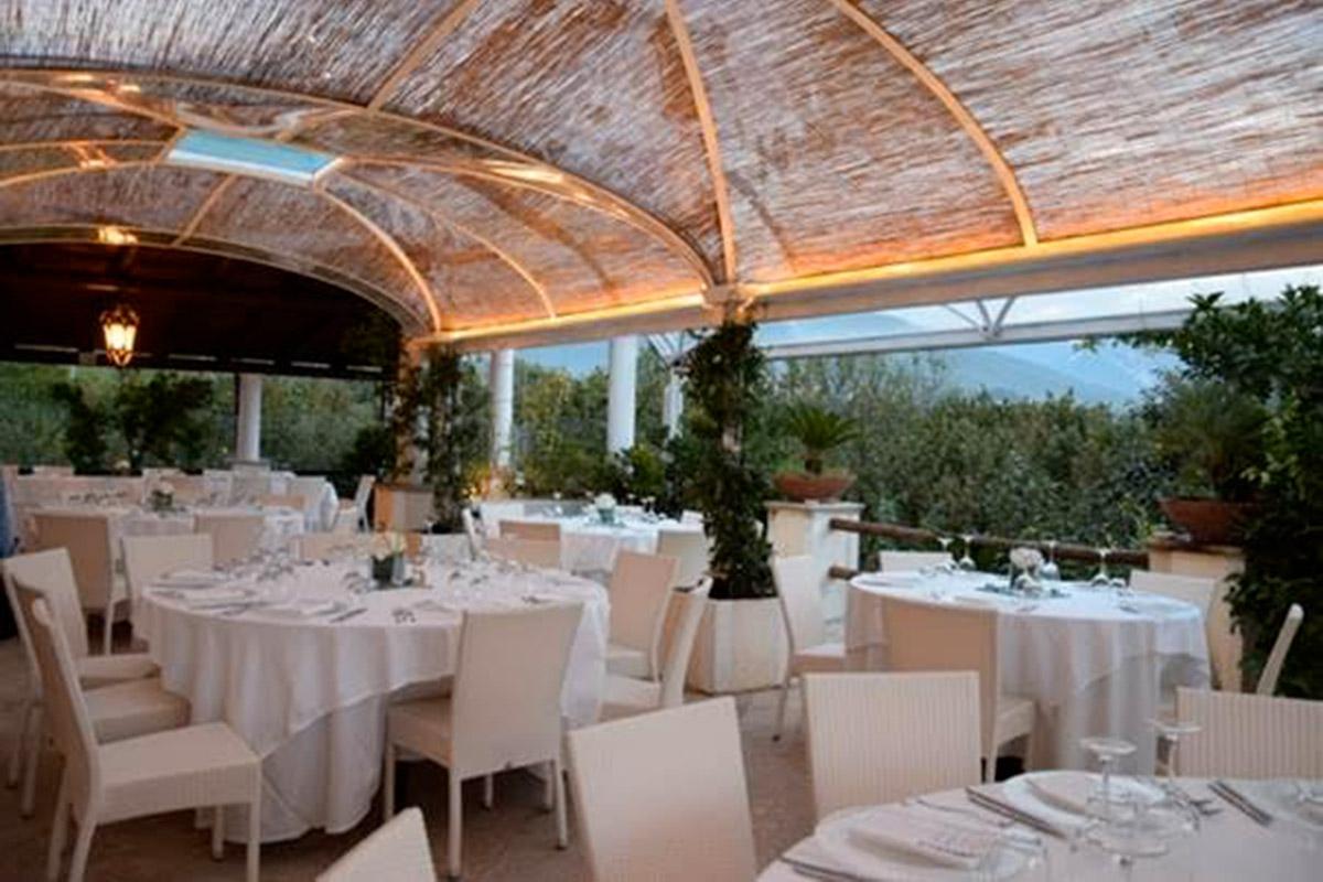 Matrimonio in giardino a Salernol